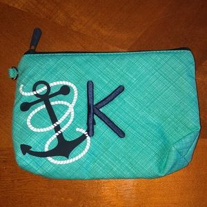 Thirty one small pouch